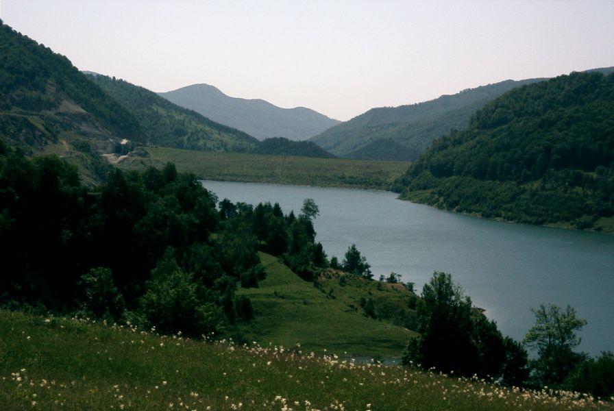 BARAJ SIRIU - AMONTE
